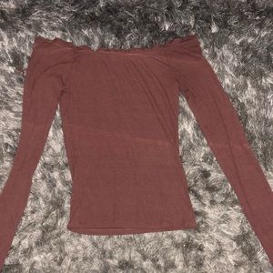 muted pink long sleeve crop top